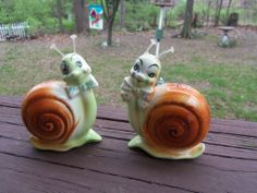 Vintage Snappy the Snail Salt & Pepper Shakers Enesco 50's or 60's He & She