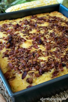 Bacon Topped Cornbread - We've tried many cornbread recipes and this is the best around! Great for making stuffings, served with chili or just enjoyed on it's own! Bacon Recipes, Cornbread Recipes, Cooking Recipes, Chilli Recipes, Cooking Time, Muffins, Scones, Great Recipes, Favorite Recipes