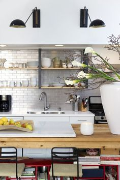 A Backsplash Trend that Instantly Makes Any Kitchen More Modern & Functional | Apartment Therapy