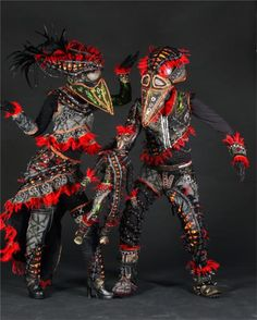 World of Wearable Art & Car Collection Nelson: Kirra Holidays the New Zealand Specialists. ~Art-Wearable~
