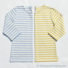 Mariniere, Breton top #mariniere #bretontop Breton Shirt, Sailor Shirt, Breton Stripes, Kate Middleton Style, Nautical Fashion, Fashion Over 40, Holiday Fashion, Summer Wardrobe, Women Wear
