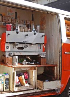 Cool idea to adapt a van into a mobile coffee bar. Mobile Cafe, Mobile Shop, Coffee Van, Coffee Shop, Coffee Time, Best Coffee In London, Coffee Food Truck, Kombi Motorhome, Cafe Concept