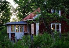 Welcome to Sweet Home Style: Photo Style Cottage, Swedish Cottage, Red Cottage, Cottage In The Woods, Swedish House, Scandinavian Cottage, Farm Cottage, Red Houses, Little Houses