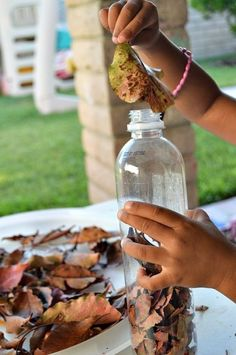 15 fine motor activities for autumn | BabyCentre Blog