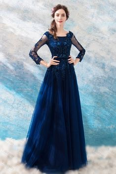Blue Dress With Sleeves, Prom Dresses Long With Sleeves, Gowns With Sleeves, Dark Blue Gown, Dark Blue Prom Dresses, Stylish Dress Designs, Stylish Dresses, Nice Dresses, Goddess Prom Dress