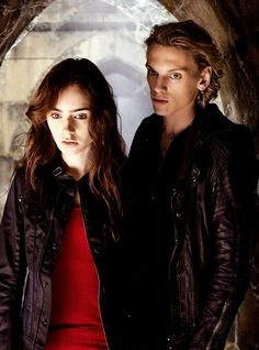 OMG!!! Its Jace Wayland with Clary!!!! He's amazong
