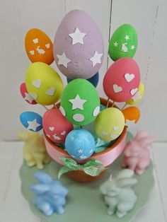 Cómo organizar una fiesta de Pascua, ideas divertidas Happy Easter, Ideas Divertidas, Easter Decor, Easter Bunny, Easter Eggs, Candy Stations, Candy Buffet, Happy Easter Day