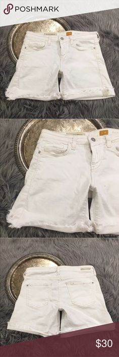 """Anthro Pilcro and the Letterpress Stet shorts Anthropologie Pilcro and the Letterpress 'Stet' shorts, women's size 26.   Waist 29"""" length 12.5"""" inseam 5.5"""" Anthropologie Shorts Jean Shorts"""
