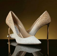 Head over Heels - Jimmy Choo Fancy Shoes, Pretty Shoes, Crazy Shoes, Beautiful Shoes, Cute Shoes, Me Too Shoes, Bride Shoes, Prom Shoes, Wedding Heels