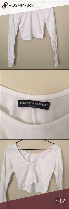 Long sleeve Brandy Melville crop top OS One size - new condition Brandy Melville white long sleeve crop top Brandy Melville Tops Crop Tops