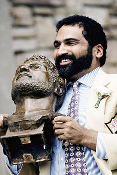 """PITTSBURGH STEELERS~Franco Harris #32, star of football history's most famous play - """"the immaculate reception."""""""