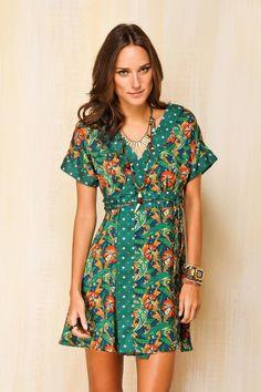 Vestido Curto Jardim Farm (tamanho M) Vestidos Chiffon, Pretty Outfits, Cool Outfits, Vestido Casual, Cotton Tunics, Spring Street Style, Weekend Style, Casual Looks, Retro Fashion