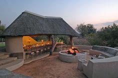 Romance on the straw roof terresse *men's kuier area add on*