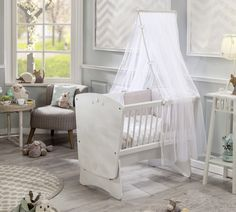 A beautiful and sturdy wooden Star swinging cradle.Made from solid wood, the Star is a traditional princess style swinging cradle with elegant curves and a majestic personality. Please Note: Set come with Cradle, Canopy and Bedding Set. Boys Furniture, Childrens Bedroom Furniture, Luxury Furniture, Furniture Design, Home Design, Bassinet, Baby Room, Home Furnishings, Cribs
