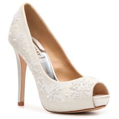 Omgg I want these!  They match part of my dress; but I can't find them in my size :( Badgley Mischka Stella Pump - White ($160) found on Polyvore