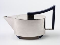 Tea pot, Hans Hollein, Alessi, 1981
