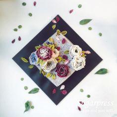 Korea flowercake Traditional ricecake with beautiful beanpaste flowers :: Done by Sugarpress #앙금플라워떡케이크#앙금플라워#목동앙금플라워#당산앙금플라워#꽃케이크#앙금떡케이크#플라워케익#플라워케이크#슈가프레스#flowercake#bakingclass#instacake#sugarpress#buttercreamflowercake#koreaflowercake#ricecake#beanpaste#beanpasteflowercake#flower#cake#flower#buttercream#beancream#fleur#ケーキ#韩式裱花#裱花#蛋糕#豆沙花#豆蓉