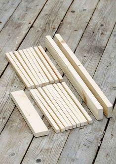 Nikkaroi astiankuivausteline mökille | Meillä kotona Texture, Wood, Crafts, Surface Finish, Manualidades, Woodwind Instrument, Timber Wood, Trees, Handmade Crafts