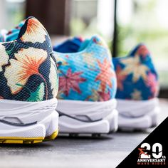 Feel the spring in your footsteps with the special edition Wave Rider 20s! Specially designed in celebration of the Osaka marathon. #running #runner #nature #florals #training #sports #shoes #mizuno