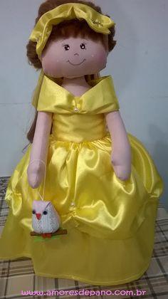 Amores de Pano: Boneca princesa!!! Com porta joia!!!