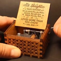 Dad To Daughter Gifts – Engraved Music Box – Diy Gifts For Friends Diy Birthday, Birthday Gifts, Happy Birthday, Romantic Christmas Gifts, Beautiful Christmas, Handmade Christmas, Wooden Music Box, Diy Gifts For Friends, Friend Gifts