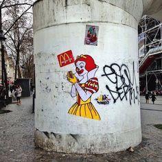 34 graffitis 34 vérités 34 coups de poing  hommage au street art engagé celui qui fait mouche   Page 4 de 4
