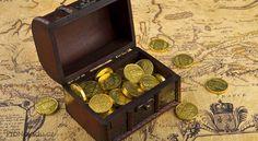 8 pravidel feng šuej k získání materiálního blahobytu Tarot, Photo Maps, Nordic Interior, Treasure Chest, Feng Shui, Decorative Boxes, Stock Photos, Narnia, Finance