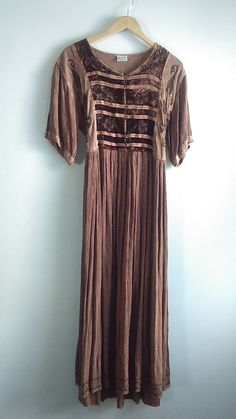 Vintage Earthy Bohemian Peasant Maxi Dress/ Stevie Nicks Style / Hippie / Festival Dress / One Size Fits Most / Gypsy / Ethnic by JulesCristenVintage on Etsy