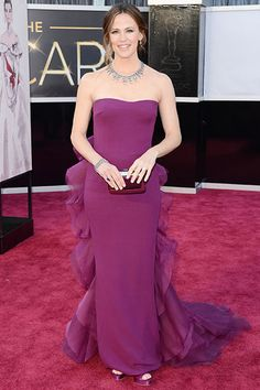 Are you loving Jennifer Garner's busy back, or does this dress look like a shapeless sack?