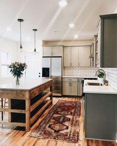 modern boho kitchen design with islasnd // Things I Love Thursday v.302