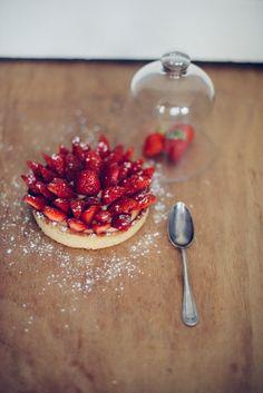 Recette Tarte aux fraises, crème pâtissière rhum coco et vanille (sans gluten - sans lactose) | Vanessa Pouzet