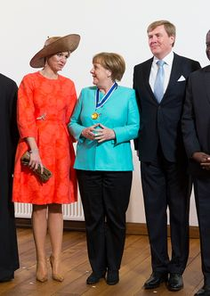 King Willem-Alexander, Queen Maxima of The Netherlands and German Chancellor Angela Merkel pose for a photo after attending the Four Freedoms Awards on April 2016 in Middelburg Netherlands. Four Freedoms, Holland Netherlands, April 21, Queen Maxima, Amazing Women, Awards, Royalty, 21st, King