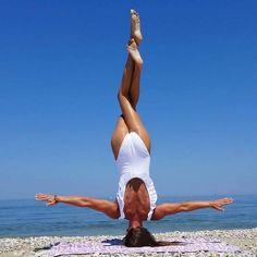 5 Super Effective Yoga Poses To Perform Every Day Yoga Journal, Yoga Inspiration, Yoga Fitness, Fitness Wear, Fitness Fashion, Pilates, Yoga World, Yoga Motivation, Bikram Yoga