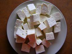W poszukiwaniu SlowLife: Domowy ser feta Polish Recipes, Preserves, Feta, Good Food, Food And Drink, Dairy, Cooking Recipes, Vegetarian, Salsa
