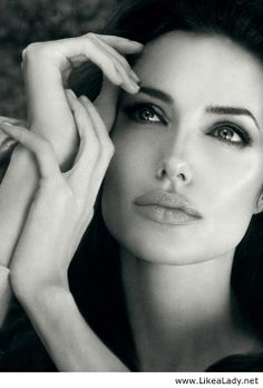 Beautiful Angelina Jolie love her work with UN