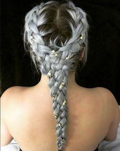 Son trend örgüler: Renkli ve saç piercing'li örgü modelleri | Saç Sırları