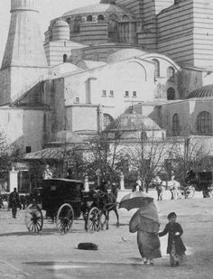 Hagia Sophia-Hagia Sophia (Istanbul, Turkey) – Andrea Buettner – Join the world of pin Pictures Of Turkeys, Old Pictures, Old Photos, Hagia Sophia Istanbul, Ottoman Empire, Historical Pictures, Istanbul Turkey, Go Kart, Best Cities