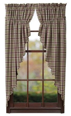 Jackson Scalloped Lined Prairie Curtains Create a beautiful and simple country atmosphere when you decorate with our Jackson scalloped prairie curtains. These curtains are lined, come in a set of two