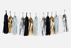 Tassel Garland - Black Glam from Pretty Little Party Shop - Stylish Party Diy Tassel Garland, Tassels, Star Wars Party Supplies, Schwarz Home, Tissue Paper Garlands, Glam Metal, Black Gold Jewelry, New Years Decorations, Gold Party