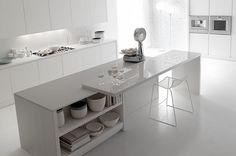 Una cocina toda blanca, un sueño... Me encanta la idea para la barra de desayuno.