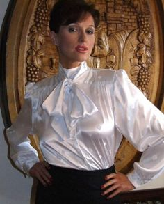 Old Lady in Satin Blouses - Bing images Blouse Sexy, Bow Blouse, Blouse And Skirt, Satin Skirt, Satin Dresses, Beautiful Blouses, Beautiful Women, White Satin Blouse, White Silk