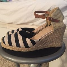 Striped espadrilles 3 inch wedge. Brown ankle strap. Navy and cream stripes. Gold hardware. Very trendy and comfortable. Worn once. H&M says it's a size 40 but it fits like an 8-8.5 H&M Shoes Espadrilles