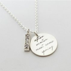 Personalized jewelry: message necklace from Centime