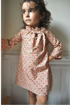 If I had a little girl, she'd be wearing this dress. So Cute! PDF pattern -The lili dress - 12m up to 4T - Easy sewing.