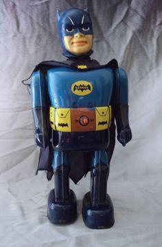 Nomura Batman. Battery Operated tin toy from 60s/ebay
