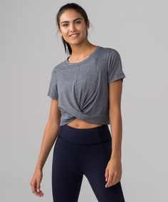 We designed this cropped tee  in a fabric that feels like  your favourite cotton tee. We  added technical performance  qualities that work to keep  you dry and allow you to move  without restrictions during  sweaty workouts.