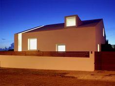 http://www.archello.com/en/project/relva-house