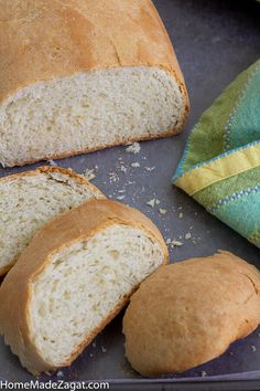A simple popular Caribbean butter bread loaf recipe where the bread is rolled up with butter. Perfect to eat alone or create the perfect sandwich. Hops Bread Recipe, Coconut Bread Recipe, Loaf Recipes, Easy Bread Recipes, Dessert Recipes, Caribbean Butter Bread Recipe, Caribbean Recipes, Caribbean Food, Trinidad Recipes