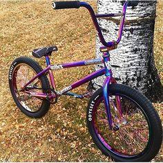Best Diamondback Mountain Bikes for Sale in 2020 - Bikespedia Mountain Bikes For Sale, Mountain Bike Reviews, Mountain Biking, Rainbow Bike, Bmx 20, Bmx Frames, Bmx Street, Push Bikes, Motorcycles