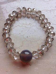 Bracelet: cristal jade. balmes.roxana@gmail.com